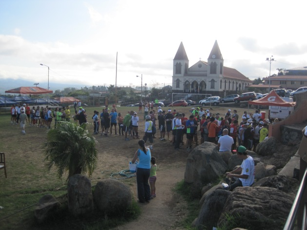 Packet Pickup / Race Start in San Antonio de Escazú