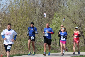 The amorphous 3:50 pace group at mile 19